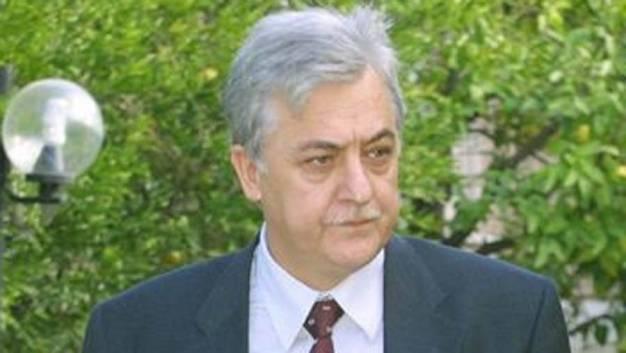Αλ. Παπαδόπουλος: Να συγκροτηθεί Κίνηση Εθνικής και Πολιτικής Ενότητας