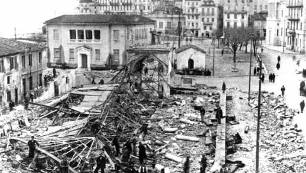 «Μαύρη» επέτειος για την Κέρκυρα-70 χρόνια από τους γερμανικούς βομβαρδισμούς