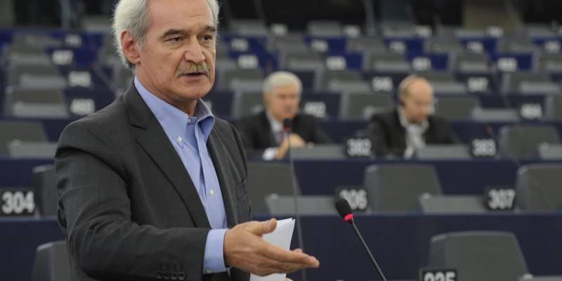 """Κομισιόν σε Ν.Χουντή: """"Παράνομες πρακτικές των ελληνικών τραπεζών σε βάρος των δανειοληπτών"""""""