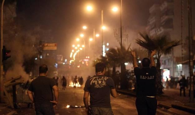 Συνεργασία αστυνομίας με συμμορία στην αντιφασιστική συγκέντρωση