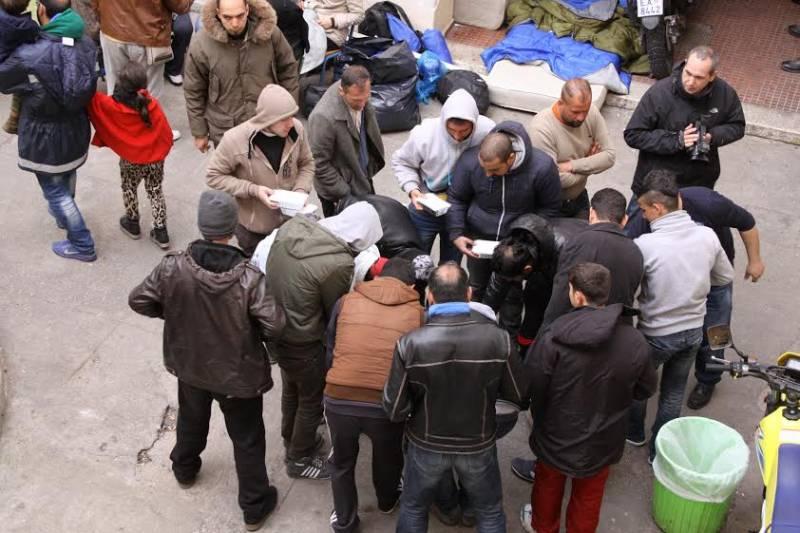 Ρόδος: 200 άνθρωποι εκτεθειμένοι στους ανέμους στο λιμάνι