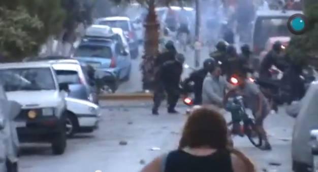 Αστυνομία - συμμορίες - ασφαλίτες εναντίον διαδηλωτών