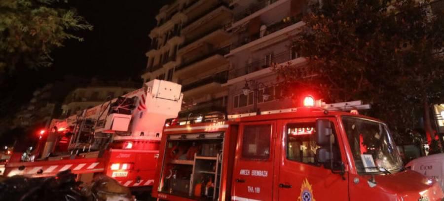 f79a5b41d65 Νεκρό μωρό 17 μηνών από την πυρκαγιά σε διαμέρισμα στη Βάρκιζα - ERT ...