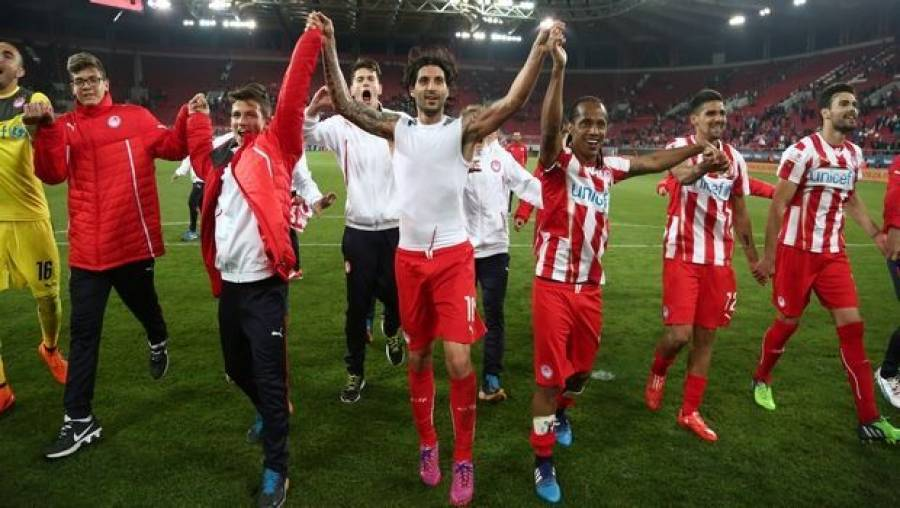 Πρωταθλητής Ελλάδας στο ποδόσφαιρο για 42η φορά ο Ολυμπιακός - ERT Open b78b7bcaf8d